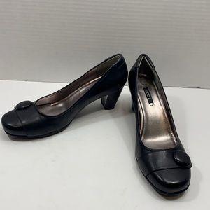 Ecco black leather pumps size 41